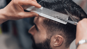Grasp a comb to help harmonize the transition between various lengths