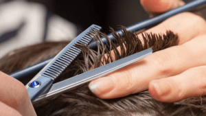 How to trim the hair on top at home